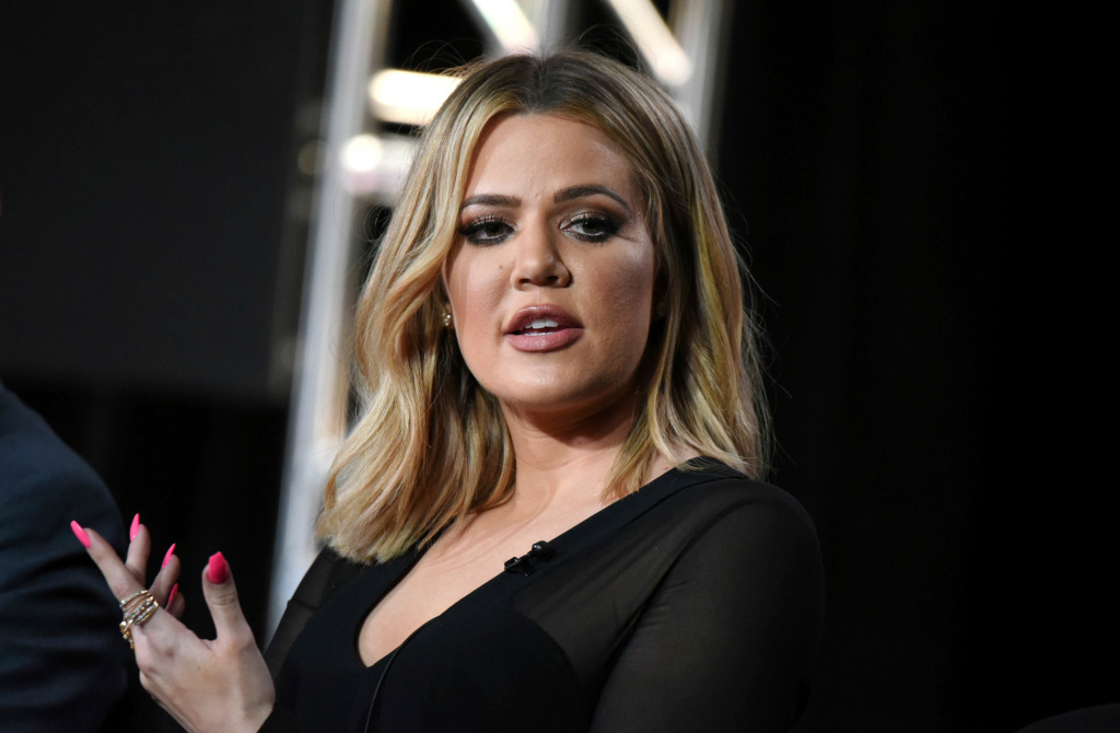 Khloe Kardashian ripped for pushing harmful, 'unrealistic' beauty standards as she reacts to unedited photo scandal
