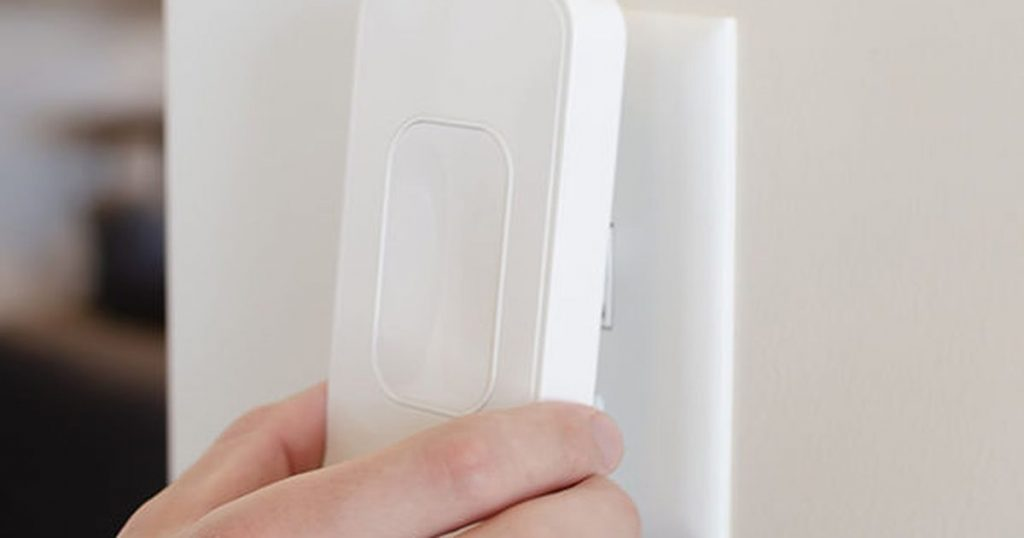 Automate your lights with this $20 snap-on smart switch