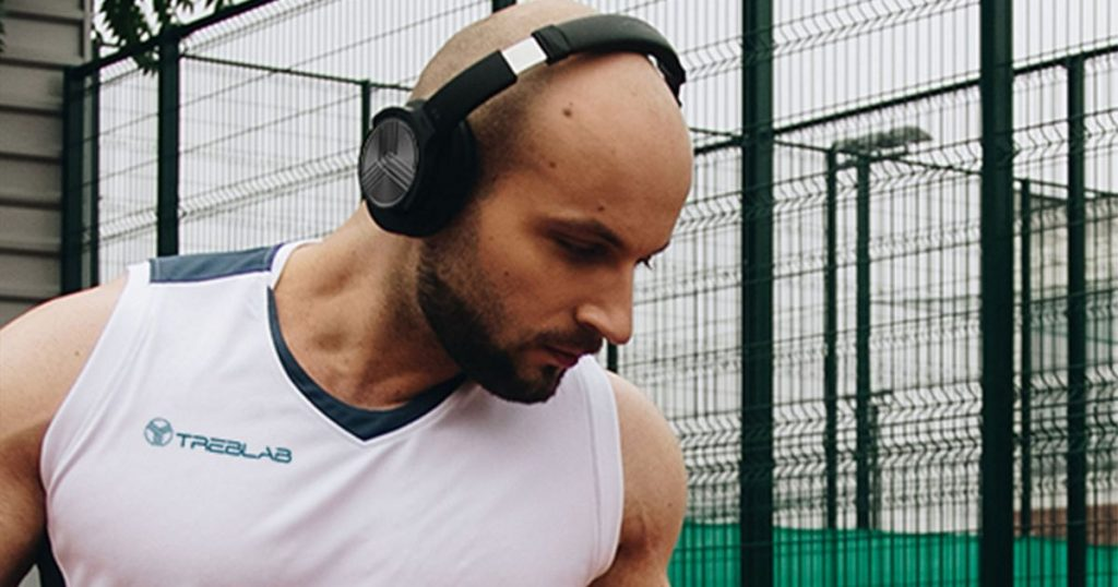 Save over 70% on a pair of wireless noise-canceling headphones