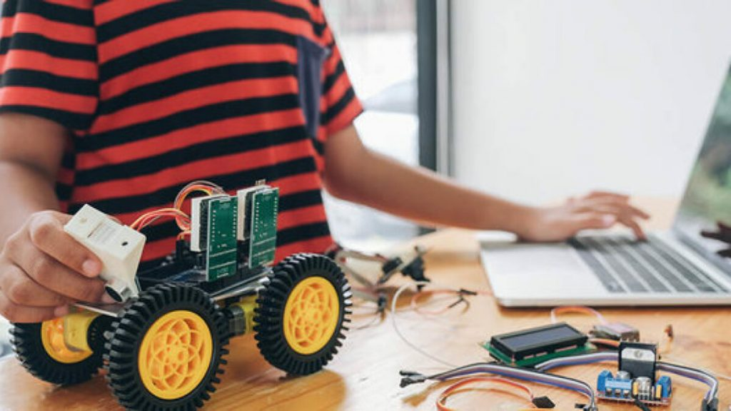 Learn about Arduino, Raspberry Pi, and more with this $20 course bundle