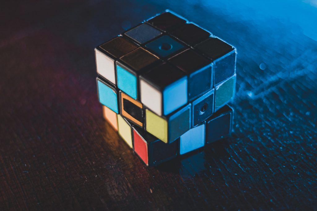 How custom algorithms will shape the future of media buying – AI News